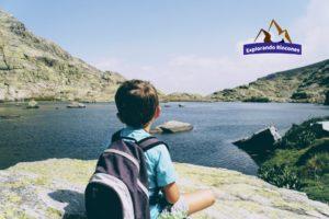 Laguna Grande de Gredos con niños