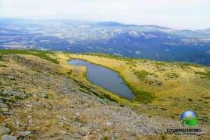 Laguna de Peñalara Pico Peñalara Laguna de Pajaros